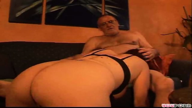 Gramps and Grannie Get It On 2/5