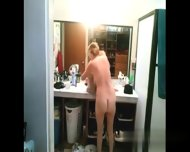 Found Her On Milf-meet - Milf Changing And Shower Cam