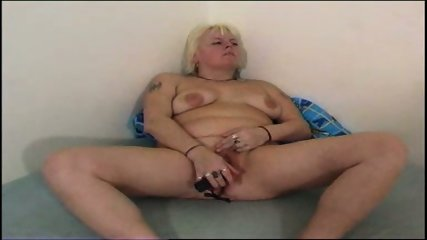 Chubby mom plays with her chubby pussy - scene 9