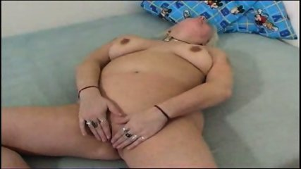 Chubby mom plays with her chubby pussy - scene 1
