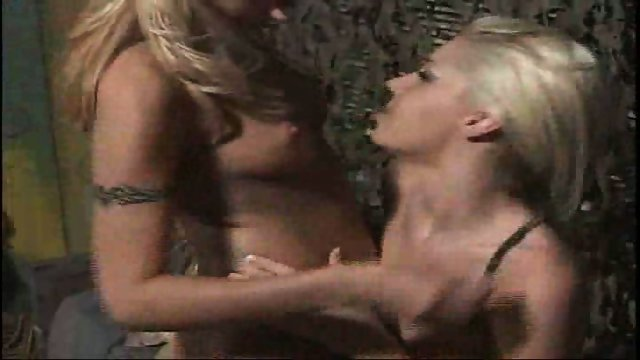 Lesbians in the army: Drop and lick me 20!