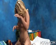 Babe Banged In A Massage Room