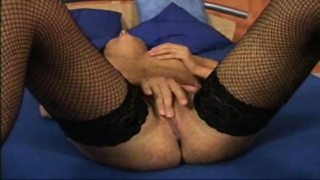 fingers in hot pussy