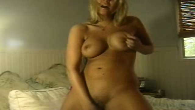 HOT blonde uses toys to play with herself