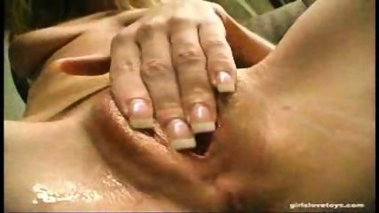 Hillary Scott close up masturbation - scene 5