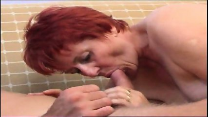 attractive mature offers her hot cunt to a stud to fuck - scene 6