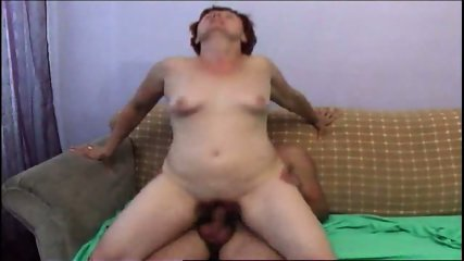 attractive mature offers her hot cunt to a stud to fuck - scene 7