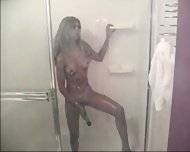 showering with toys - scene 10