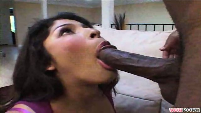 Her mouth is like a pussy for his black rod