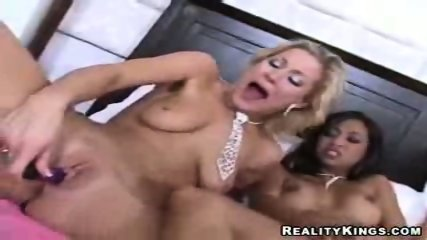 4 chicks literally dildo the cream outta their pussies - scene 5