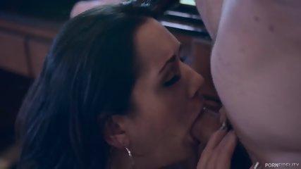 Sweet Babe Creampied After Brutal Sex - scene 3