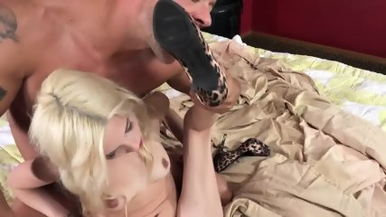 Piper Perri Foot Fetish - scene 3