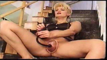 Vacuum Pussy Sucker - scene 5