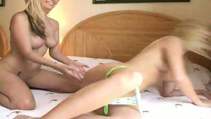 Hot Lesbians make lover - scene 2