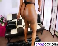 Nia Bangzz Nat Foxx Jada - Message Me From Cheat-date - scene 1