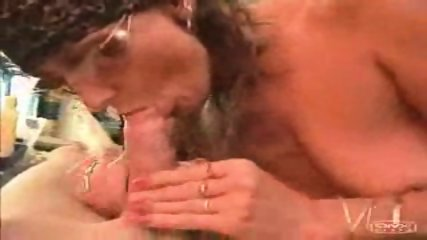 40 years old milf suck 20 years old cock(facial) - scene 2