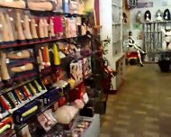 Sexy Shop Adamo ed Eva di Cremona - scene 6