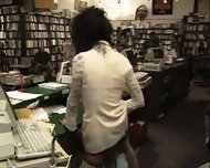 Vanessa - One night at the bookstore part1 - scene 11