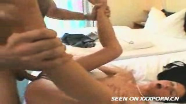 German Girl gets fucked in a Hotelroom
