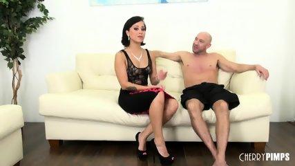 Babe Mia Fucking Live - scene 3