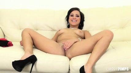 Babe Mia Fucking Live - scene 7