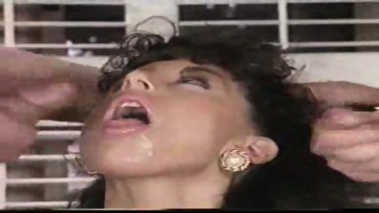 Sarah Young loves Cum - scene 12