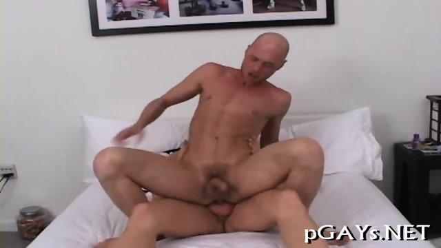 Twink Gets Pleasure Of Ass Fuck
