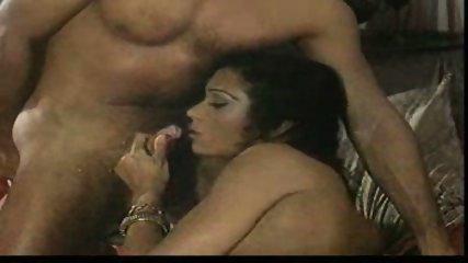 İndian Kamasutra (Alaaddin) - scene 12