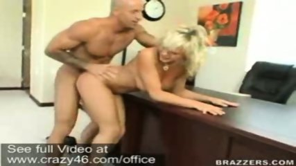 Bree Olsen fucks her Boss on Desk - scene 3
