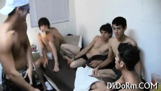 Sexy Gays Arrange A Group Action