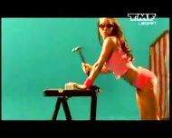 Benny Benassi - Satisfaction musik music video - scene 1