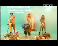 Benny Benassi - Satisfaction musik music video - scene 9