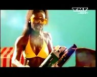 Benny Benassi - Satisfaction musik music video - scene 4