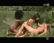 tres nanas - scene 9