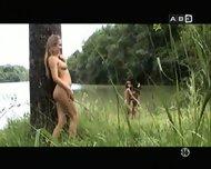 tres nanas - scene 3