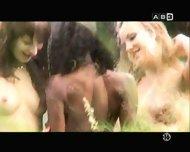 tres nanas - scene 4