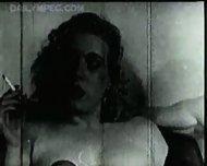Marilyn Monroe, 1940's ? - scene 12