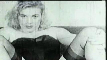 Marilyn Monroe, 1940's ? - scene 2