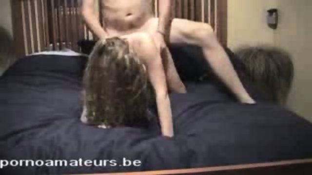Amateur couple gettin down the bedroom