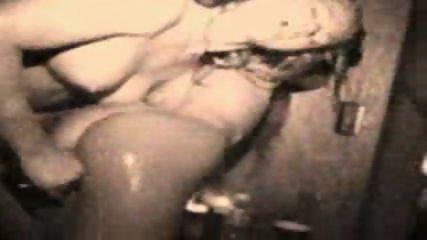 Bathtub Lesbians - scene 8