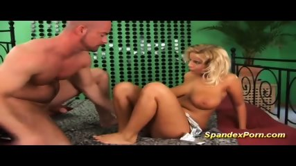 Busty Stepmom Fucks In Spandex - scene 5