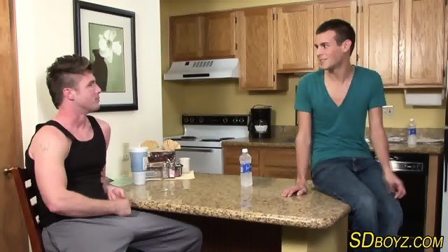 Muscled gays ass rammed - scene 1