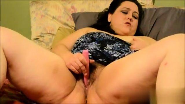 Fatty masturbates