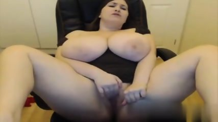 Gorgeous BBW Cums