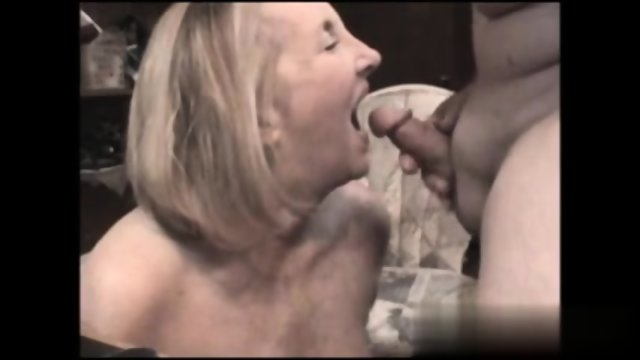 Mature Sucking
