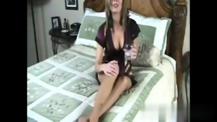 mum in tan tights - scene 2