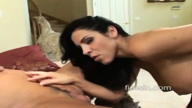Needy Housewives 7 - Veronica Rayne