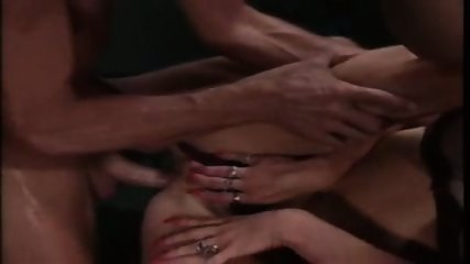 sally layd - scene 11