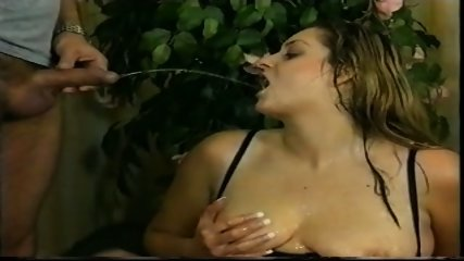 Piss: Fat German Slut Daniela 2 - scene 9
