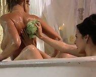Avys Bath Fantasy - scene 5